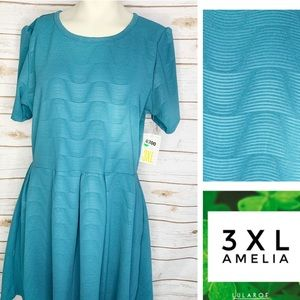 3XL Amelia textured material solid wave print
